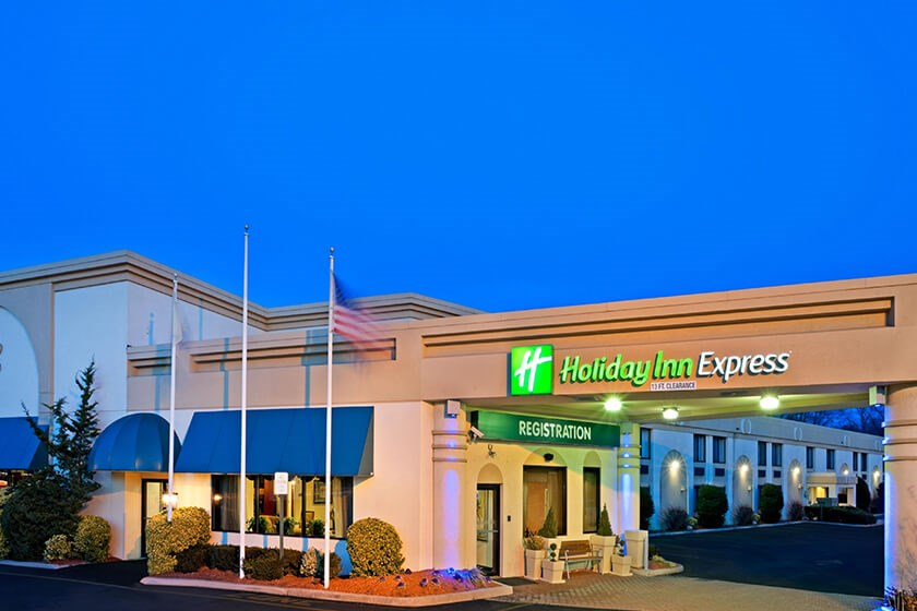 Image of Holiday Inn Express Paramus
