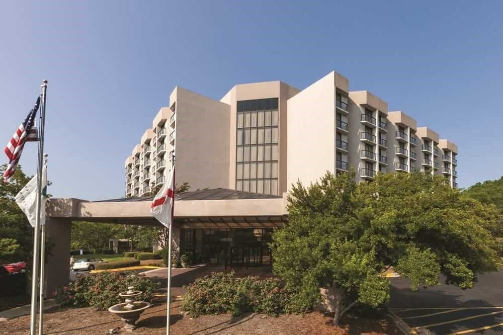 Image of Embassy Suites
