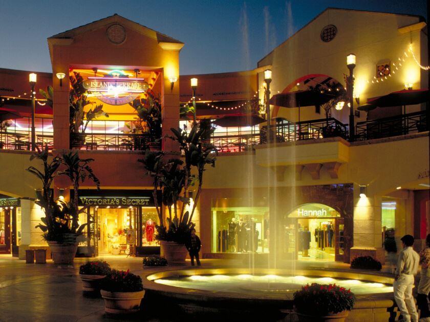 Fashion Island Shopping Center Stores
