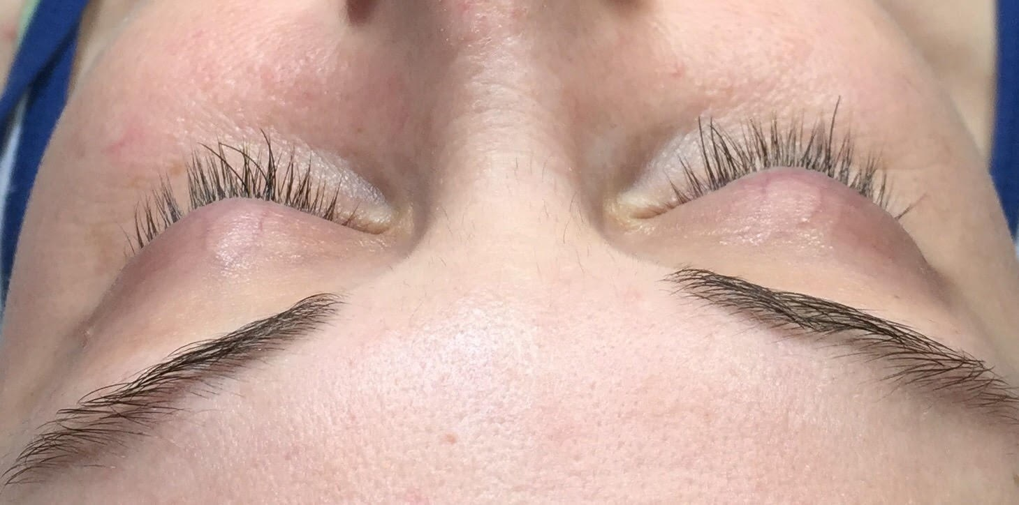 Eyelash extensions Before