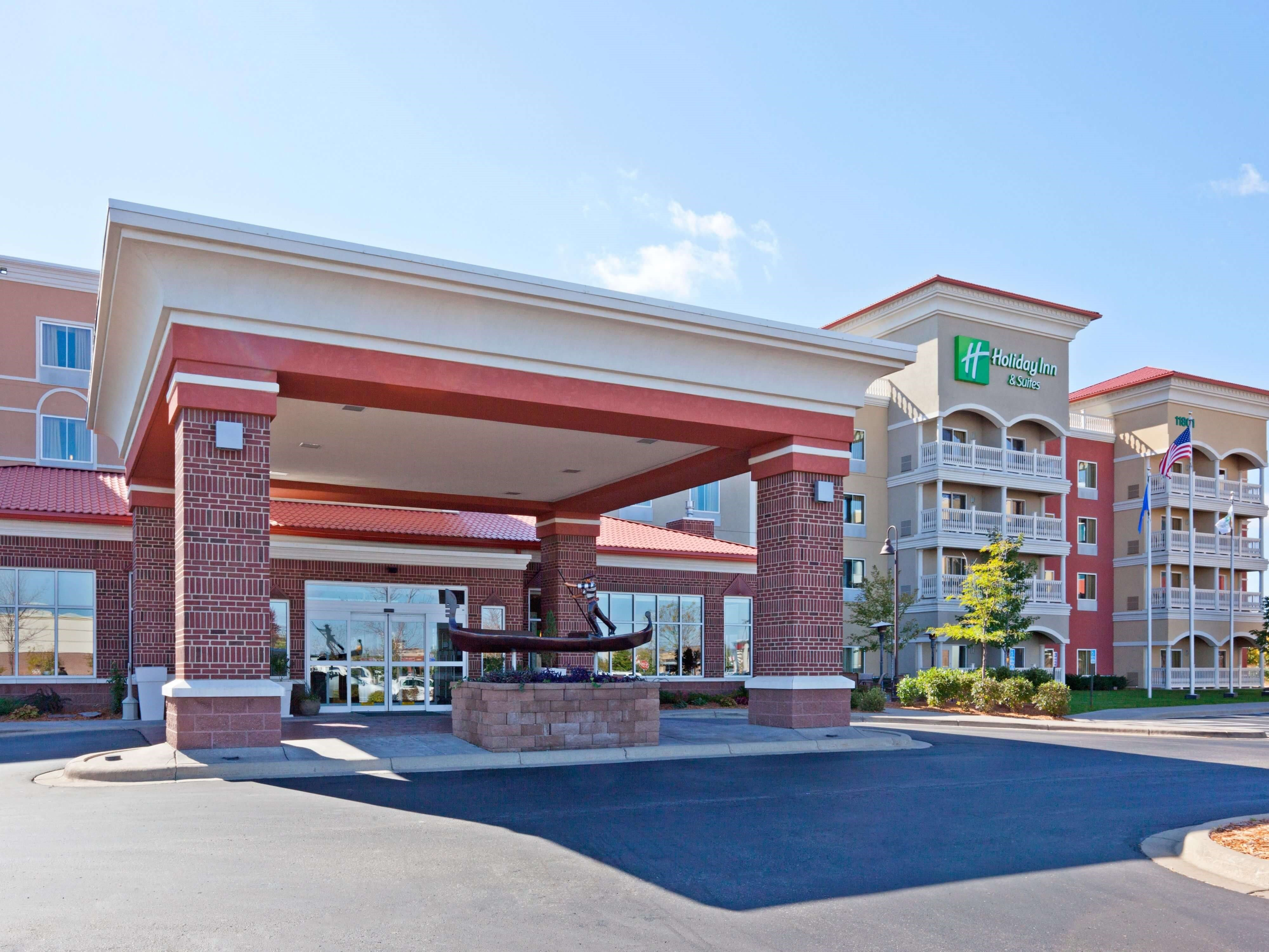 Image of Holiday Inn Maple Grove