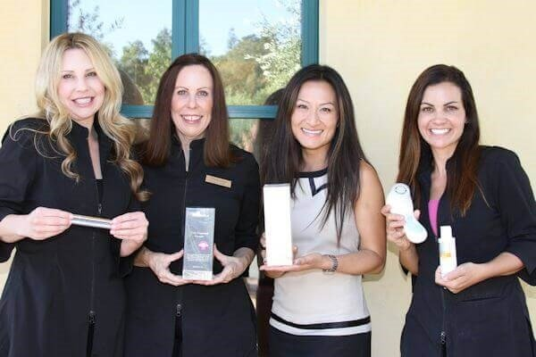 Chantal, Wendy, Lon, & Wendy with Favorite Products